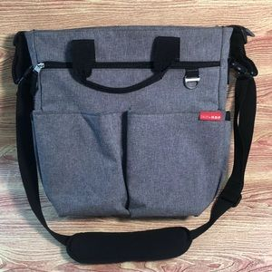 Skip Hop Duo Signature Messenger Diaper Bag